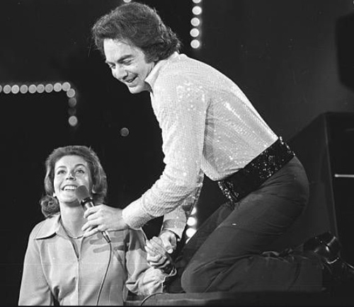 371 6 Helen Reddy met Neil Diamond