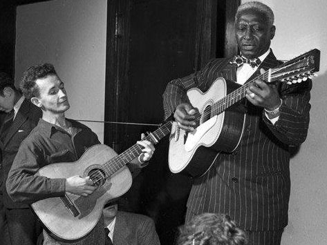 118 - 2 Leadbelly, Woody Guthrie