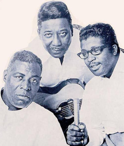 275 4 Howlin Wolf. Muddy Waters Bo Diddley