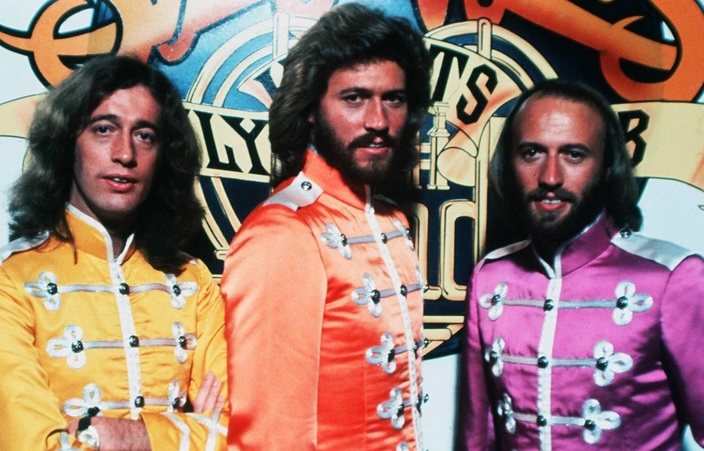419 6 Bee Gees Sgt Pepper